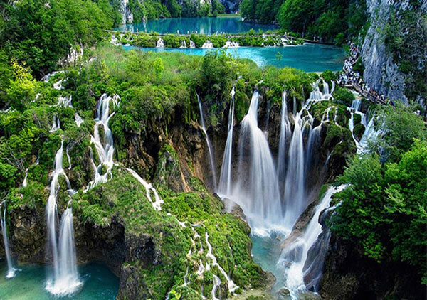 plitvice-lakes-excursion